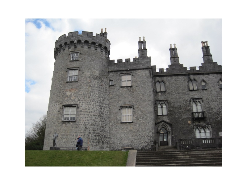 Chauffeur services ireland Kinnity Castle