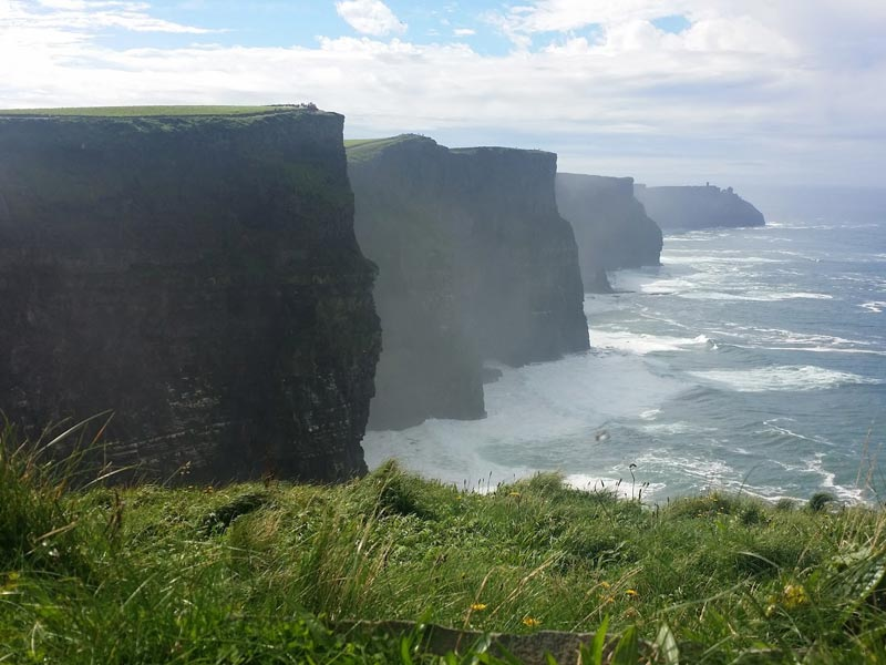 Chauffeur tours Cliffs of Moher